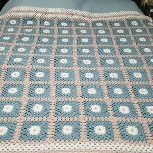 Granny square throw blanket